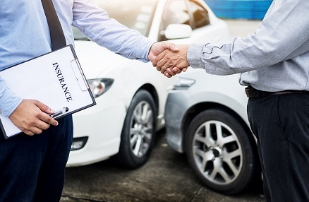 What to Expect from an Auto Insurance Broker? - Bheldi Blogs